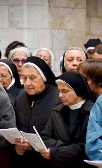 الجماعات الرهبانية
