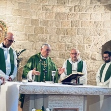 Ein Arik Parish celebrates Jubilees of the Halaweh family