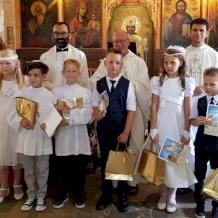 رعية القديس بولس للاتين في قبرص تمنح المناولة الأولى لعدد من أبنائها