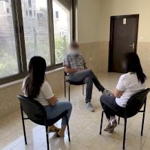 مكتب الخدمة الاجتماعية التابع للبطريركية يرافق الأفراد والعائلات خلال جائحة كورونا