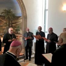 كنيسة الأرض المقدسة ورؤساء الكنائس الكاثوليكية يرفعون صلاتهم في زمن وباء فيروس كورونا