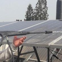 تحسين نظام الخلايا الشمسية في رعية العائلة المقدسة في غزة