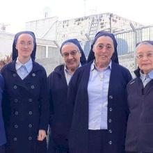 Les Sœurs de la Sainte Croix de Jérusalem prient pour ceux qui doutent de l'amour de Jésus