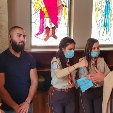Les fidèles réunis dans l'église Notre-Dame de Fatima à l'occasion d'une visite pastorale