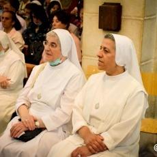 الاحتفال بقداس ودورة قلب يسوع الأقدس التقليدية في كنيسة السالزيان في بيت لحم
