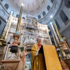 The Dedication of the Holy Sepulchre: disfigured and transfigured beauty