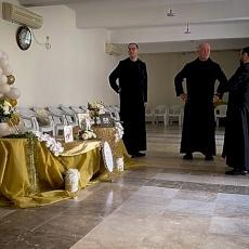 La paroisse de Jifna célèbre le jubilé d'or d'ordination sacerdotale du père Elias Michel Odeh, chanoine du Saint-Sépulcre