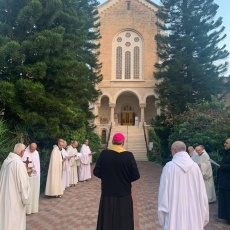 Patriarch Pierbattista Pizzaballa entrusts his new mission to contemplative orders