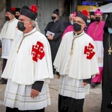 Patriarch Pierbattista Pizzaballa solemnly enters Holy Sepulchre
