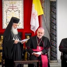 رؤساء كنائس القدس يتبادلون تهاني عيد الفصح المجيد في دار البطريركية اللاتينية