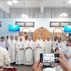 """جماعة المهاجرين واللاجئين تحتفل بعيد مريم العذراء """"المرأة الفاضلة"""""""