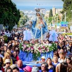 Procession de Notre-Dame du Mont Carmel à Haïfa