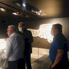 البطريرك بيتسابالا يشارك في تدشين معرض عن كنيسة المهد في ايطاليا