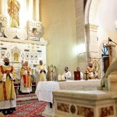 كنيسة السالزيان في بيت لحم تحتفل بقداس قلب يسوع الأقدسوبدورة القربان الاقدس