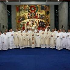 El Patriarcado de Jerusalén tiene un nuevo sacerdote y cuatro nuevos diáconos