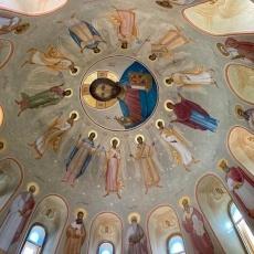 Campaña de recogida de aceitunas en el Monasterio de Emmanuel en Belen