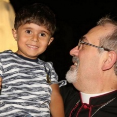 Archbishop Pizzaballa visits the Church of the Holy Martyrs for the first time