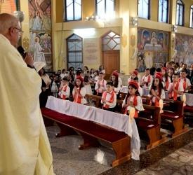 رعية مار يوحنا الحبيب في يافة الناصرة تحتفل بالمناولة الأولى وسر التثبيت المقدس