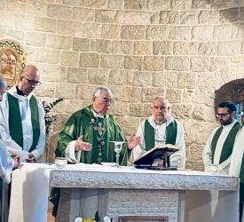 Ein Arik Parish celebrates Jubilees of the Halaweh family