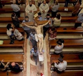 الاحتفال بعيد ارتفاع الصليب المقدس في مختلف رعايا أبرشية البطريركية اللاتينية