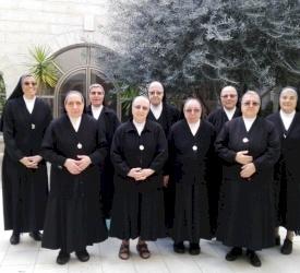 Les Sœurs enseignantes de Sainte Dorothée prient pour ceux qui souffrent à travers le monde