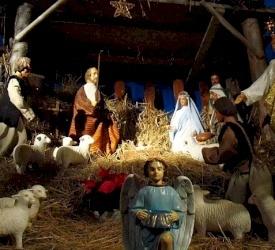 رسالة عيد الميلاد: الأمل حتى في الأوقات الصعبة بقلم الأب عماد الطوال