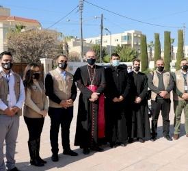 البطريرك بييرباتيستا بيتسابالا يقدم كلمة ترحيبية لشبيبة الأردن