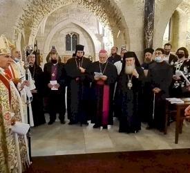 رئيس الأساقفة سهيل دواني يحتفل بالخدمة الإفخارستية وقداس شكر قبل تقاعده