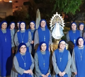 Servants of the Lord and the Virgin of Matará pray for all consecrated women and men