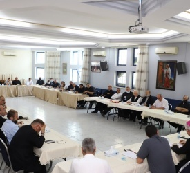 """Jordan: Latin Patriarchate priests hold first """"physical meeting"""" after 1-year hiatus"""