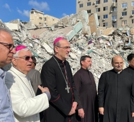 Il Patriarca Pizzaballa conclude la sua visita di quattro giorni ai Cristiani di Gaza