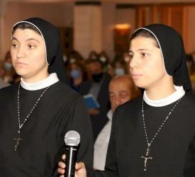 إعلان النذور الدائمة للأختين نادين شعبان وهنادي جوري من رهبنة الورديّة في الأردن