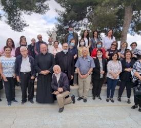رعية رام الله تقوم برياضة روحية في ربوع المعهد الاكليريكي في بيت جالا