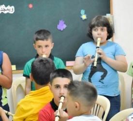 الأردن : جوقة تضم أطفالاً مسيحيين ومسلمين ينشدون للسلام