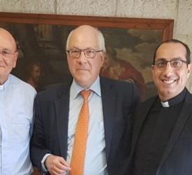 الاب إياد طوال يستقبل مستشار الشؤون الدينية في وزارة الخارجية الفرنسية