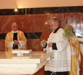 Nouvel autel et rénovation de l'église au Carmel de Haïfa