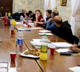 I membri del Vicariato per i migranti e i richiedenti asilo si riuniscono al Patriarcato latino