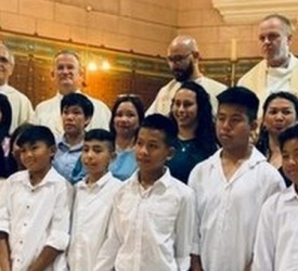 Douze adolescents du Vicariat Saint-Jacques reçoivent le sacrement de Confirmation