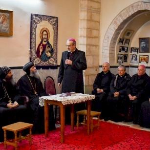 Prière et solidarité pour les fidèles coptes frappés en pleine célébration des Rameaux