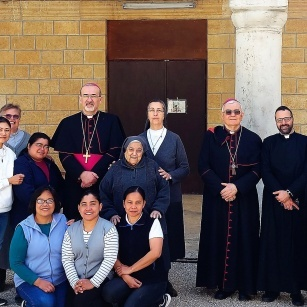 البطريرك بيتسابالا في زيارة إلى عدد من الجمعيات الرهبانية في منطقة القدس