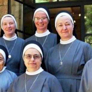 Sisters of St. Charles Borromeo pray to Sacred Heart of Jesus