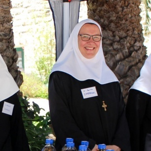 Benedictine Nuns of Emmanuel pray for Union of Religious Superiors of Women in the Holy Land elections