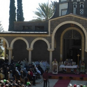 Archbishop Pizzaballa celebrates feast of the Beatitudes in Galilee