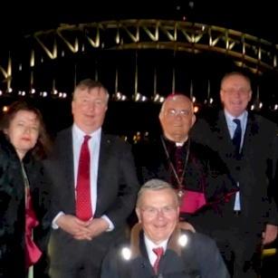 المطران ماركوتسو يقوم بزيارة إلى جمعية القبر المقدّس في أستراليا