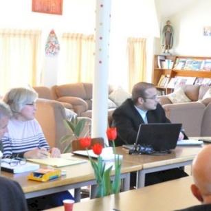 المكتب الرعوي لأبرشية القدس يعقد اجتماعه الخامس في المعهد الاكليريكي في بيت جالا