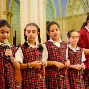 Christian Schools' students in Jerusalem pray the Rosary after invitation of Pope Francis