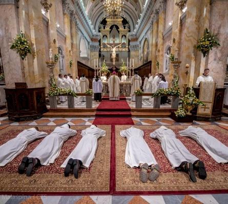 Six new Franciscan deacons in Jerusalem