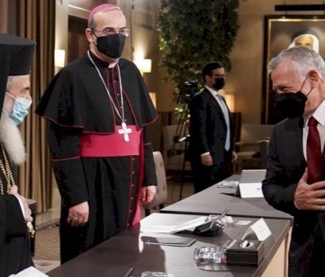 لقاء الملك عبدالله الثاني مع ممثلين عن مجلسي أوقاف وكنائس القدس