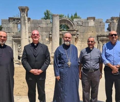 Consejero de la Nunciatura Apostólica visita pueblos cristianos despoblados en Galilea