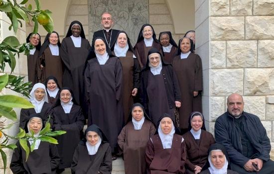 Sua Beatitudine il Patriarca Pierbattista Pizzaballa affida la sua nuova missione alla preghiera dei contemplativi